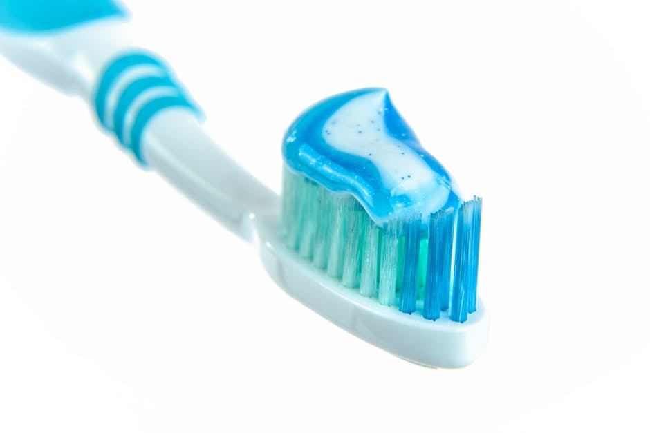 Toothpaste codes, Choosing toothpaste, The Journal of Periodontology, Halitosis, gingivitis, periodontal disease or inflammation of the gum, dental caries , toothpaste , tooth brush, oral