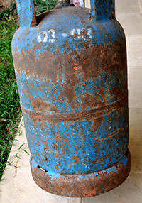 How to Check Expiry Date of a Gas Cylinder