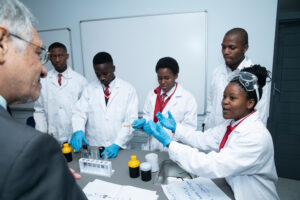 How to Become a Medical Laboratory Scientist