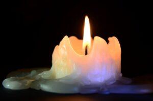 benefits of burning candles